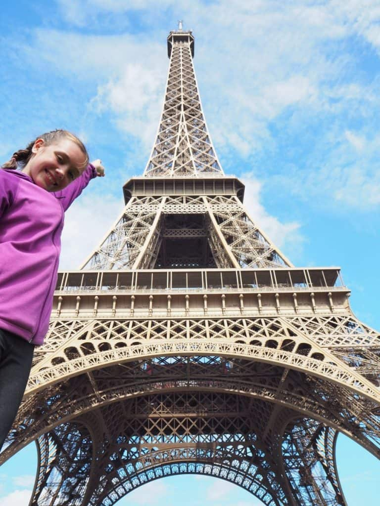 Top5-6months-Amelie-France-Eiffel Tower