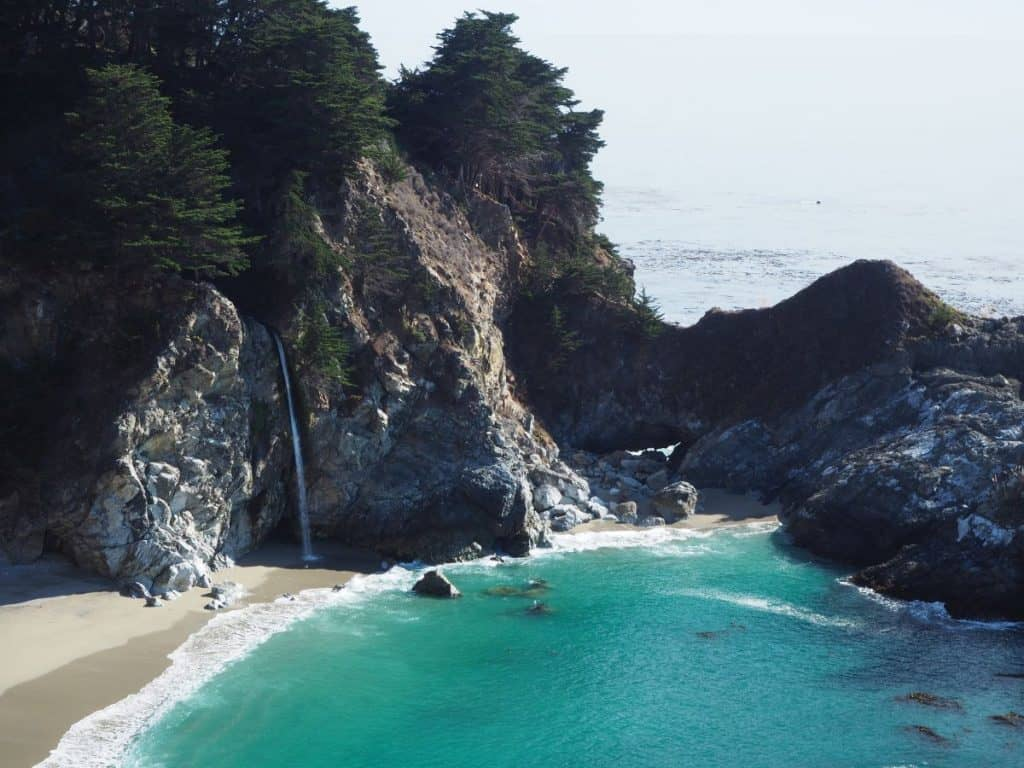 McWay Falls, Julia Pfeiffer Burns State Park, USA West Coast