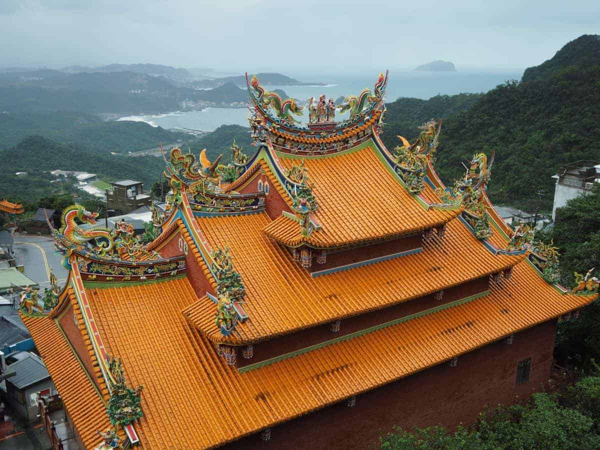 Ornate temple roof in Juifen