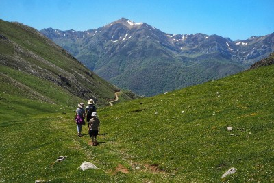 Hiking with kids - is it worth it? Picos de Europa, Spain
