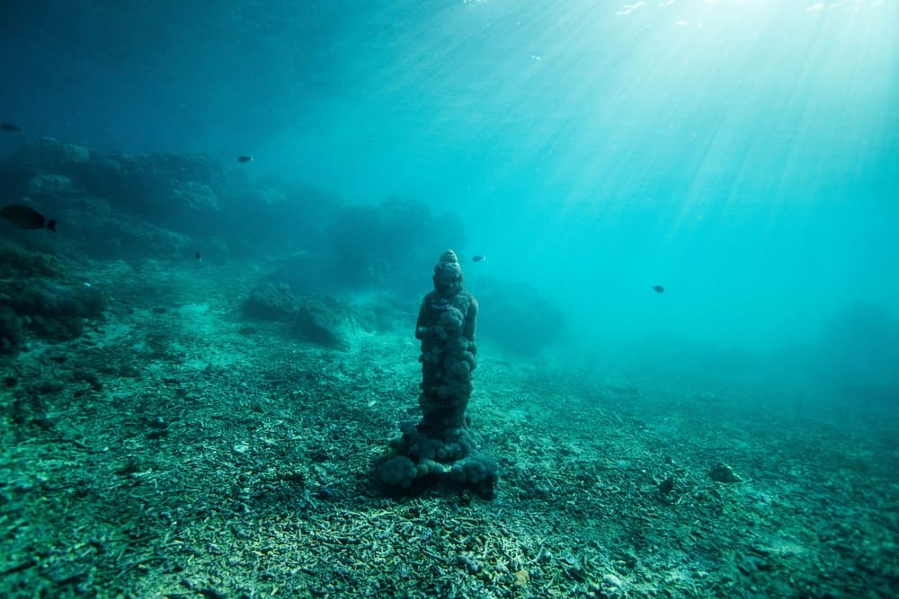 underwater temple Bali off beaten track