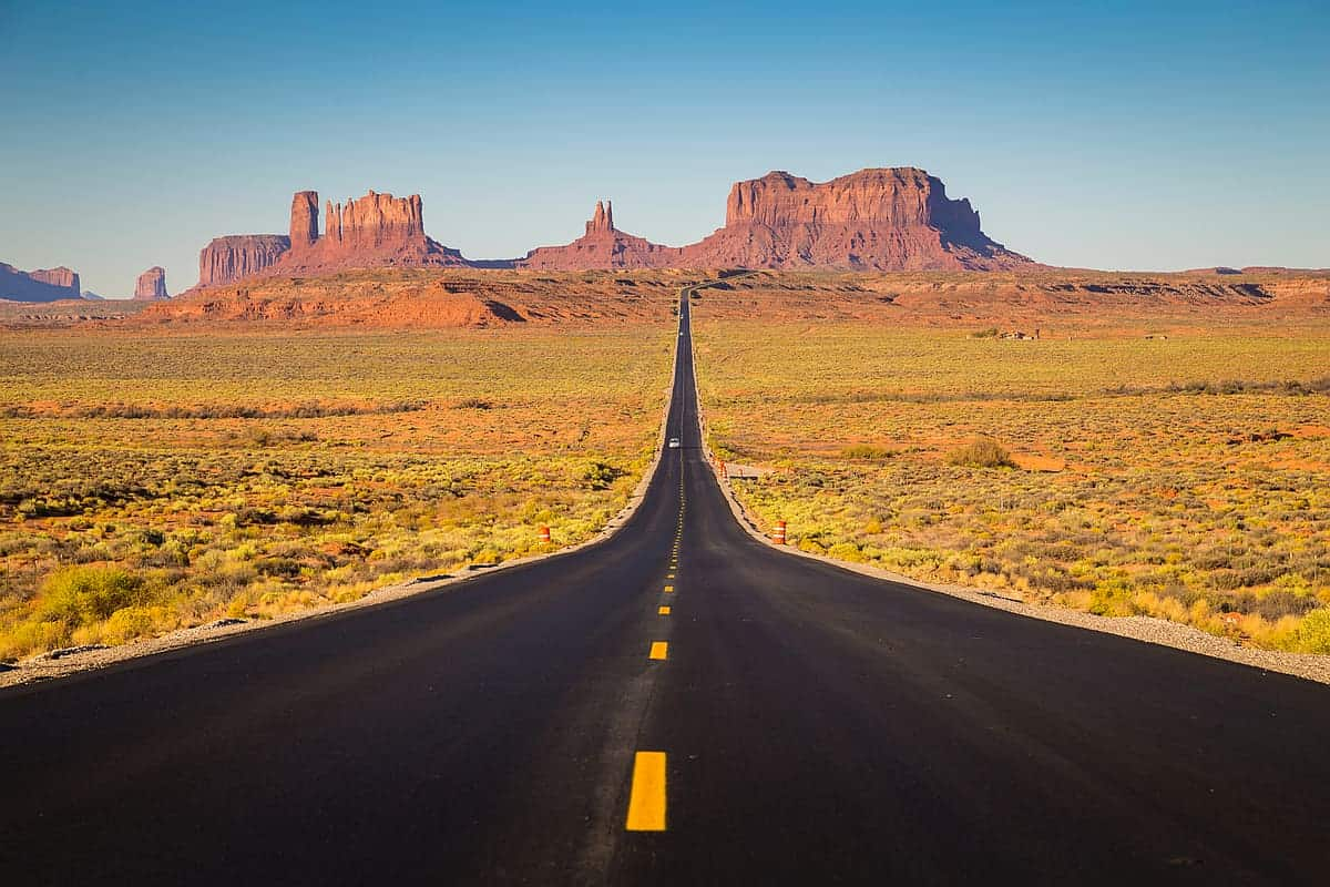 Road to Monument Valley - best road trips in the us