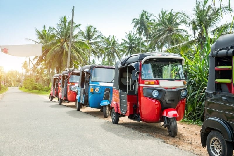 Travel by Tuk Tuk in Sri Lanka