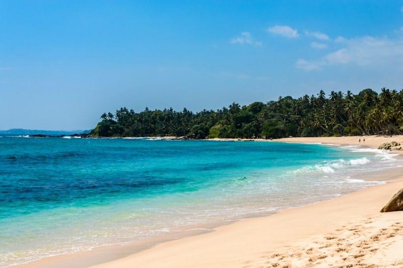 silent beach tangalle sri lanka