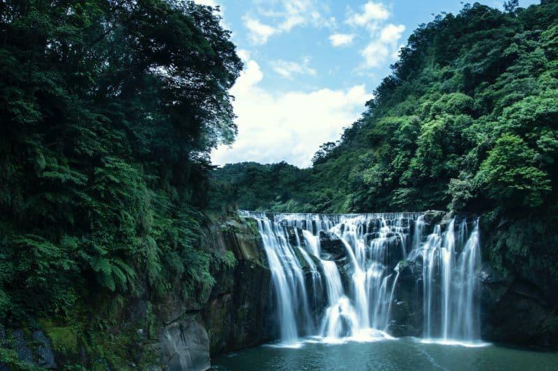 Shifen-Waterfall - tourist attractions near Taipei